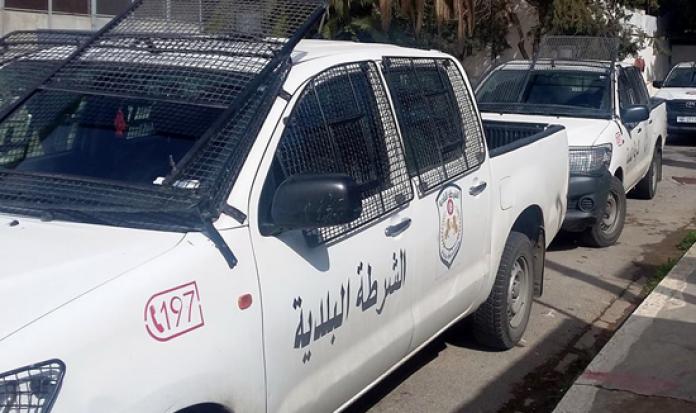 اتهمت رئيس بلدية تونس بالمغالطة: نقابة الشرطة البلدية ترفض الانضواء تحت رؤساء البلديات