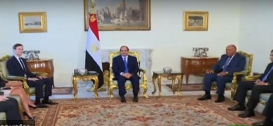 بعد حجب مساعدات أمريكية عن مصر : السيسي يستقبل صهر ترامب