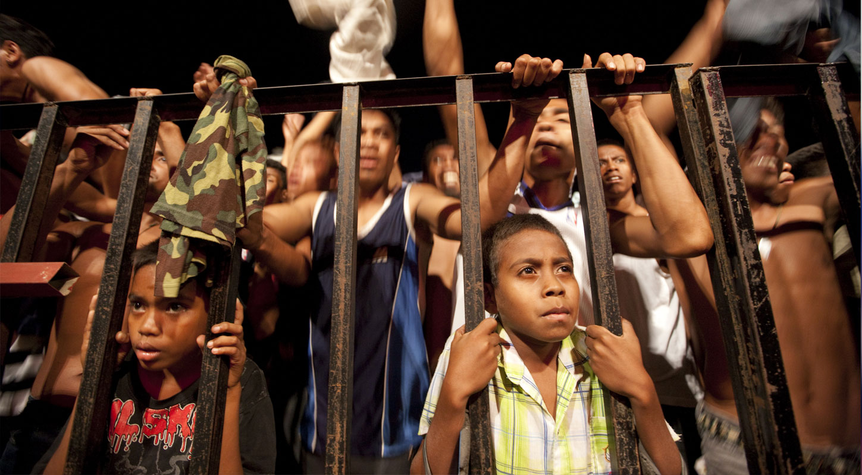 مصر : سجن مسؤولين مصريين وأشخاص أجانب بتهمة الاتجار بالأطفال!!