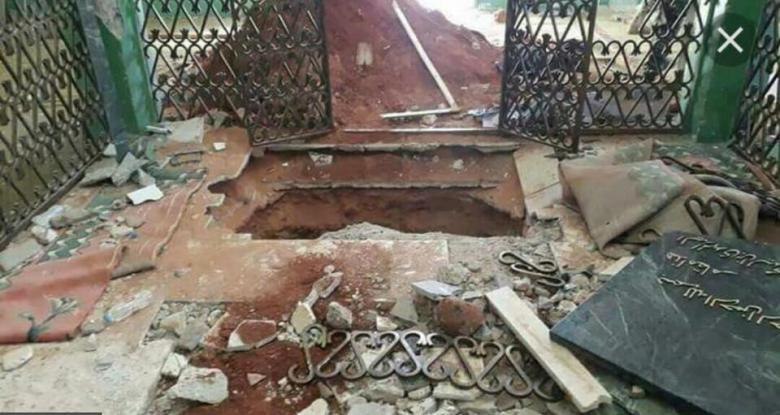 عائلة القذافي تُندّد بنبش قبر والد ملك ليبيا والجيش ينفي…