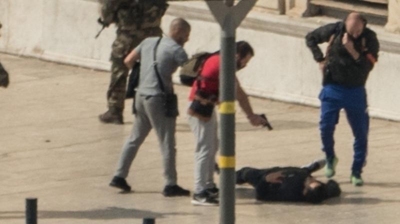 صادرة ضدّه 3 مناشير تفتيش: ايقاف الشقيق الثاني للارهابي الحنّاشي مُنفّذ هجوم مرسيليا