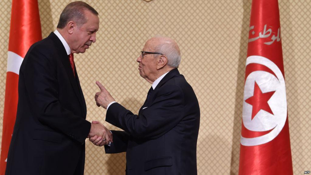 الاحتجاجات : أردوغان ومحمود عبّاس يُهاتفان قائد السبسي والشاهد