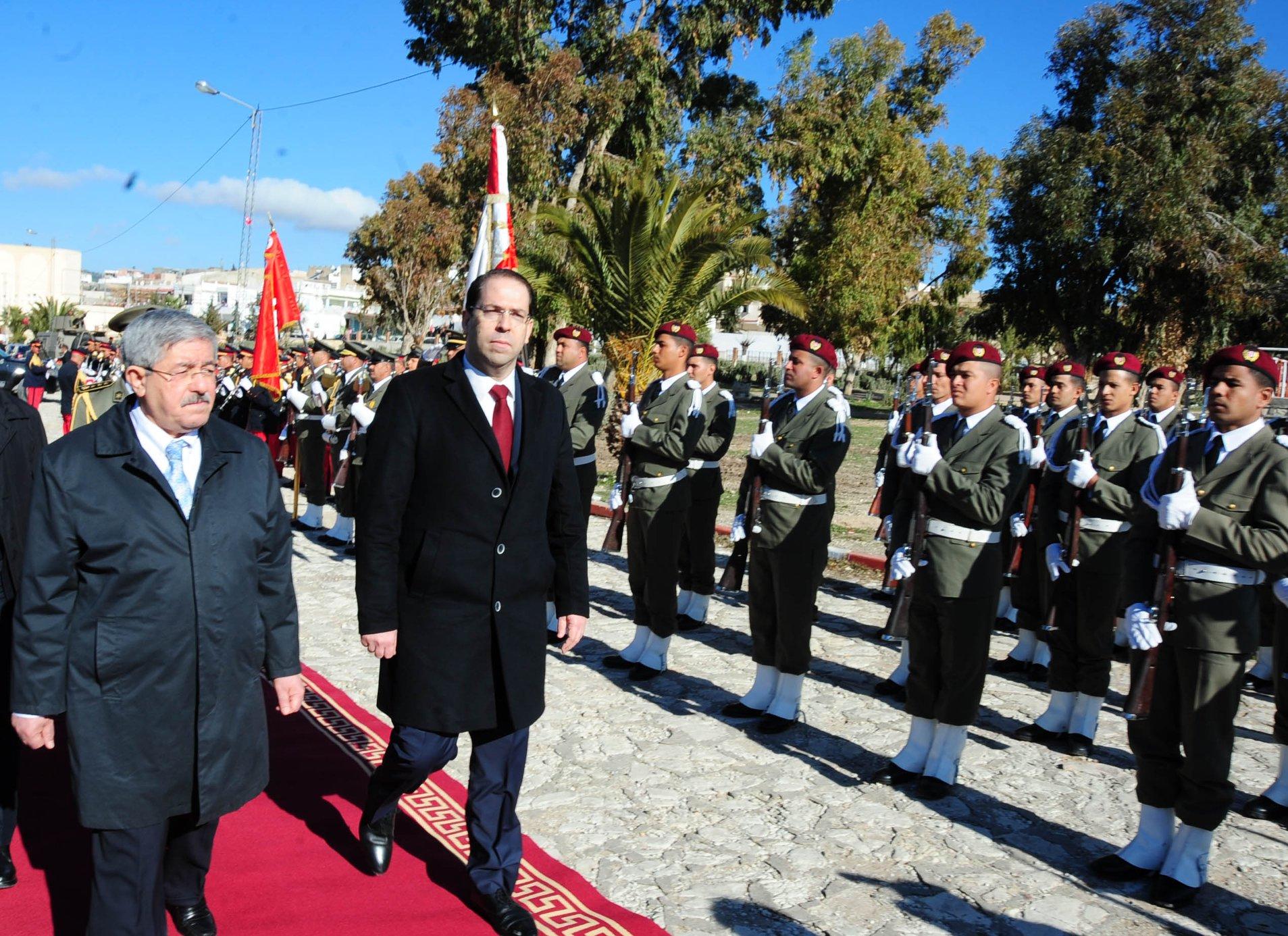 يوم اختلط الدم التونسي بالجزائري: الشاهد وأويحيى في ساقية سيدي يوسف