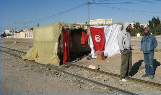 شركة سكك الحديد تُطلق صيحة فزع : الاعتصامات تسبّبت في إلغاء 8960 سفرة لنقل الفسفاط !