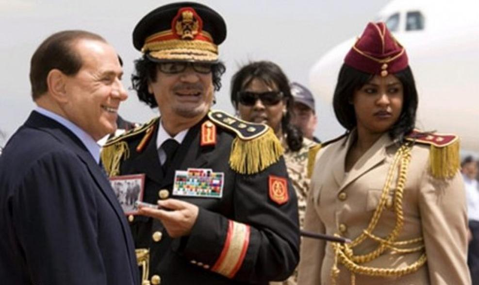 برلسكوني : إسقاط القذافي كان ضربًا من الجنون