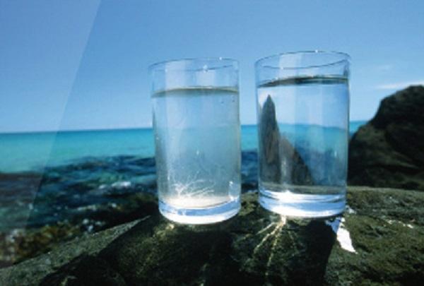 """ر.م.ع """"الصوناد"""" يُعلن: تدشين 3 محطّات لتحلية مياه البحر قبل موفّى 2018"""