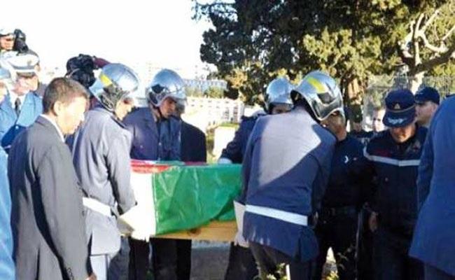 عمرها 85 عاما : جزائريّة تقتل والدتها بمطرقة..