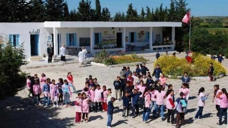 النقابة ترفض قرار وزارة التربية وتُؤكد: اختبار الفرنسية تدخّل في الشأن الوطني!