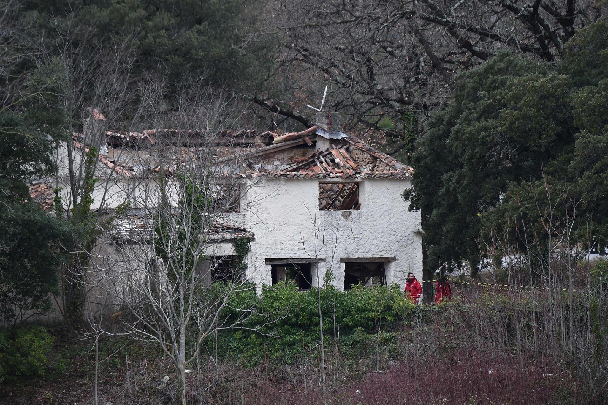 أسفر عن مقتل طاقميهما : اصطدام بين مروحيتين عسكريتين فرنسيتين