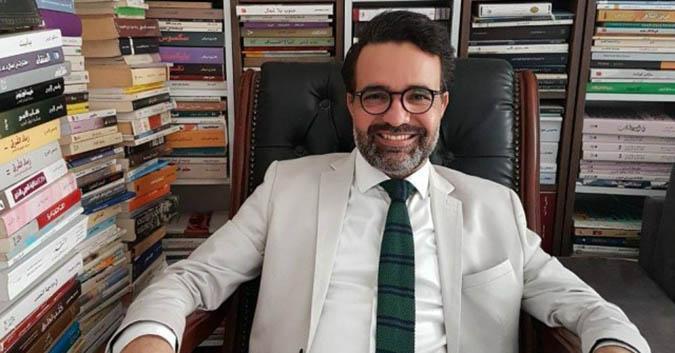 كمال الرياحي يتعرض لاعتداء بالعنف في مكتبه بمدينة الثقافة