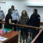تضامنا مع عهد التميمي: إسرائيليّة تصفع شرطيّا