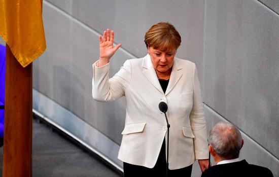 ألمانيا: انتخاب ميركل لولاية رابعة