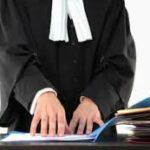 الفرع الجهوي للمحامين : عون أمن يعتدي على محامية وعائلتها