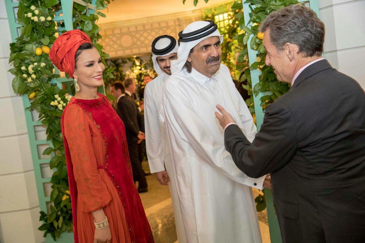 بحضور رؤساء دول سابقين : الشيخة موزا تعود إلى الأضواء في افتتاح مكتبة قطر الوطنية