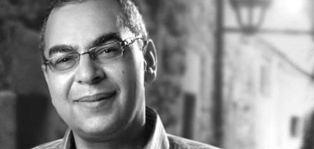 وفاة الكاتب المصري أحمد خالد توفيق