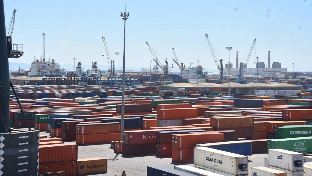 ميناء رادس : تركيز آلات مراقبة الكترونيّة دقيقة للحاويات