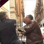 فيديو: وزير إيطالي يصفع صحفيّا على الهواء