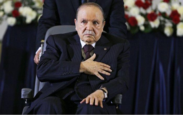 الجزائر: شخصيات رفيعة المُستوى تدعو بوتفليقة لعدم الترشّح للرئاسة