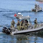 """انقاذ 15 """"حارقا"""" تعطب مركبهم بسواحل جرجيس"""