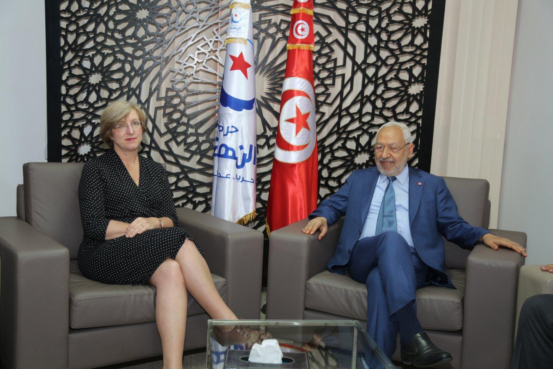 سفيرا بريطانيا وقطر يُهنّئان الغنوشي