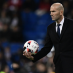 زيدان يستقيل من تدريب ريال مدريد !