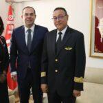 بن غربية يشكر قائد طائرة أنزل مُسافرة عُنصريّة