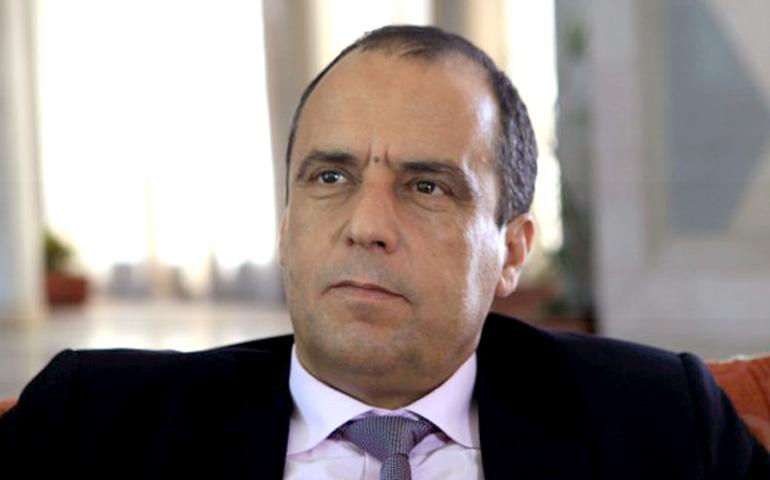 فاضل بن عمران : الشاهد أسير في القصبة.. ومُستشاروه امتهنوا الفساد