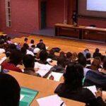 """""""إجابة"""": الوزير يتحمّل مسؤولية سنة جامعيّة بيضاء"""