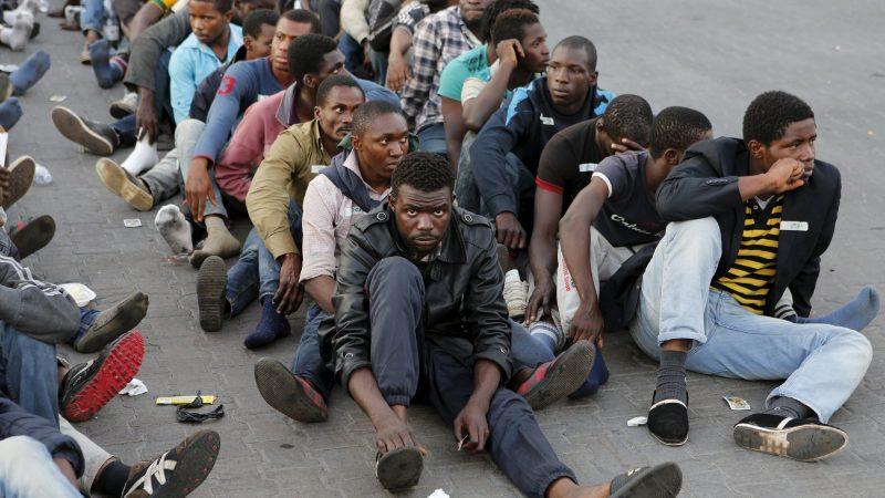 الأمم المتّحدة تدعو الجزائر لوقف ترحيل المهاجرين الأفارقة