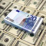 تواصل انهيار احتياطي العملة الصعبة