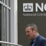 بريطانيا تُهدّد بتجميد حسابات رجال أعمال روس