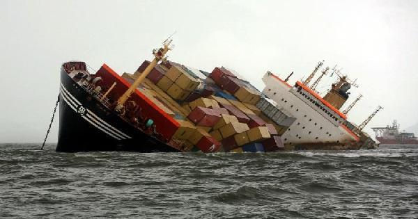 كرواتيا:غرق سفينة تركية وإجلاء أفراد طاقمها