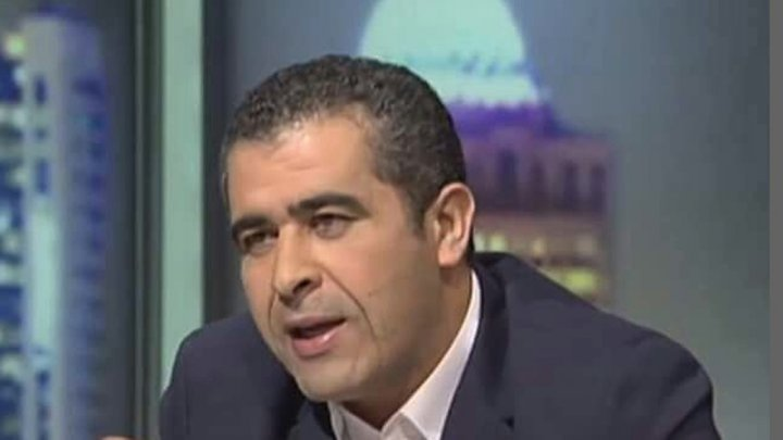 مستشار سابق للمرزوقي: أتمنّى هزيمة شنيعة للمنتخب التونسي
