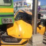 خزندار: اصطدام بين مترو وسيارة تاكسي