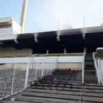 جماهير الأهلي الليبي تخرّب ملعب طرابلس وتشعل النيران فيه