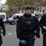 باريس: أنباء عن احتجاز مسلح رهائن
