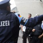 """يضُمّان 235.000 بين تسجيلات وبيانات: هاتفا إرهابيّ تونسيّ """"يُدوّخان"""" الألمان"""