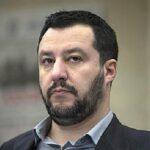 """جزيرة إسبانية: وزير الداخلية الإيطالي """"شخص غير مرغوب فيه"""""""