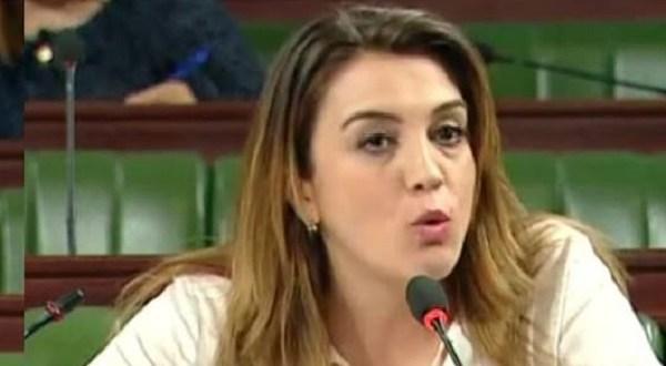 هالة عمران تروي تفاصيل خلافها مع مستشار سابق في حفل أمينة فاخت