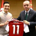 والد أوزيل ينصح ابنه بترك المنتخب الألماني