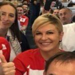 رئيسة كرواتيا تحتفل بترشّح منتخب بلادها على طريقتها (فيديو)