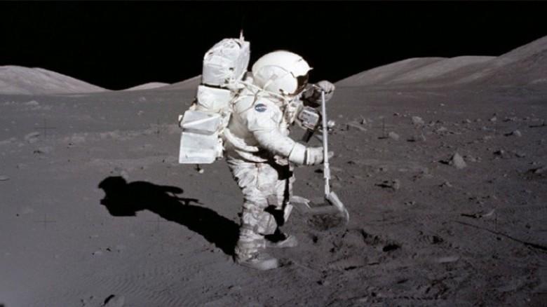 تعتزم نصب علمها على سطحه : إسرائيل تطلق مركبة فضائية الى القمر!