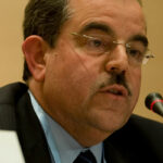 على وقع الصراع حول رئاسة الحكومة: الغوّاصة النهضوية «منذر الزنايدي» تطفح على السطح من جديد