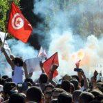 ناشط حقوقي: تونس مُقدمة على خريف ساخن وشتاء مُزلزل