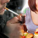 منها الإفراط في الأكل وقلّة النوم  والتدخين: 10 عادات يومية تدمّر المخّ
