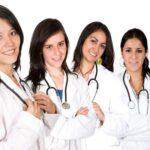 كاتب عام عمادة الأطباء : عدد الطبيبات تضاعف 8 مرات في 10 سنوات