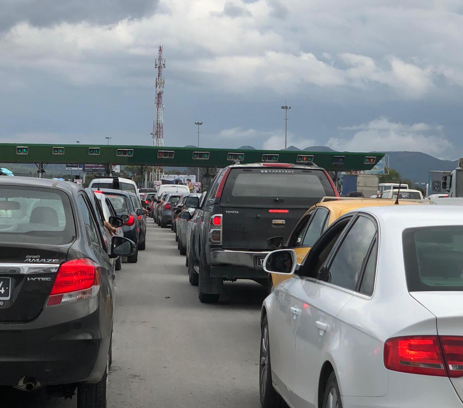 صور/ عشية العيد: اختناق حركة المرور بمحطّة الاستخلاص في المرناقية