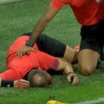 إصابة خطيرة لحكم مساعد في الدوري الأوروبي (فيديو)
