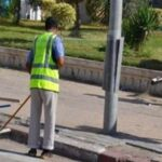 في وقفة احتجاجية بالقيروان: أعوان النظافة يطالبون بمنحة العيد