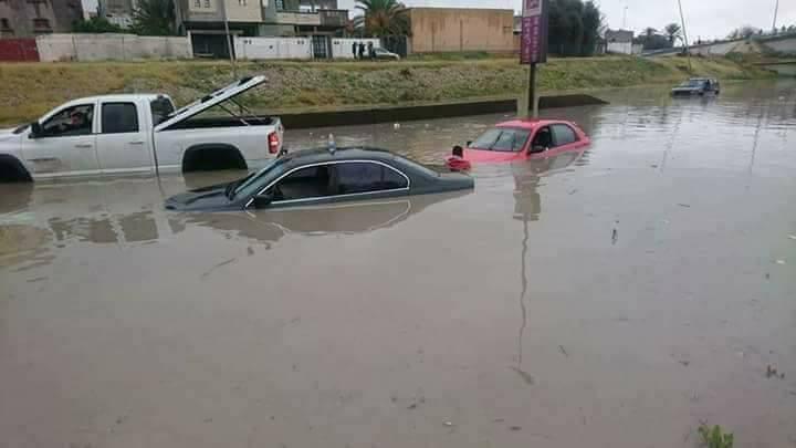 ليبيا: هلاك شخصين بسبب الأمطار وتحذير لمُستعملي الطّريق